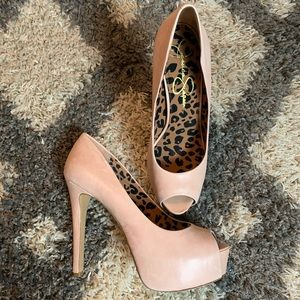 Jessica Simpson Pale Pink Platform Heels / 9.5M